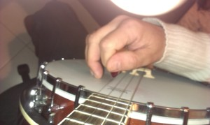 2015-01-12a first string - fingers curled